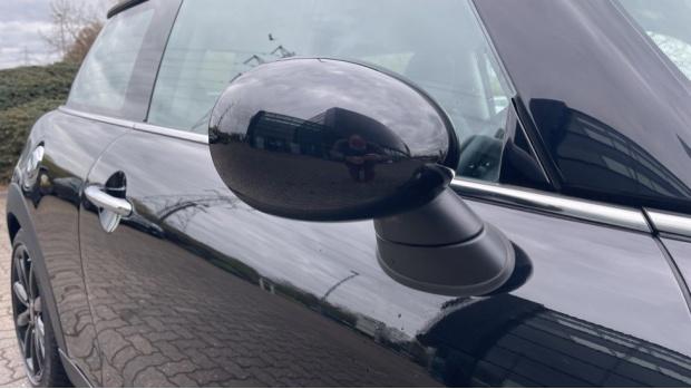 2016 MINI Cooper S 3-door Hatch (Black) - Image: 26