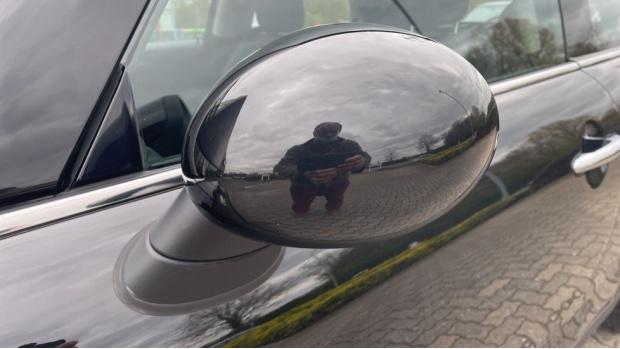 2016 MINI Cooper S 3-door Hatch (Black) - Image: 31