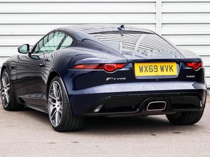 2019 Jaguar 2.0i GPF R-Dynamic Auto 2-door (Blue) - Image: 2