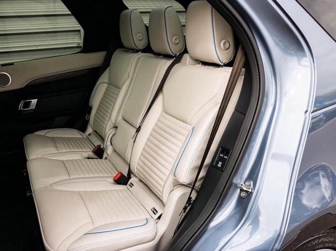2020 Land Rover SD V6 HSE Luxury Auto 4WD 5-door (Blue) - Image: 4