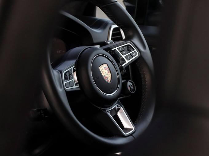 2020 Porsche TURBO S (White) - Image: 9