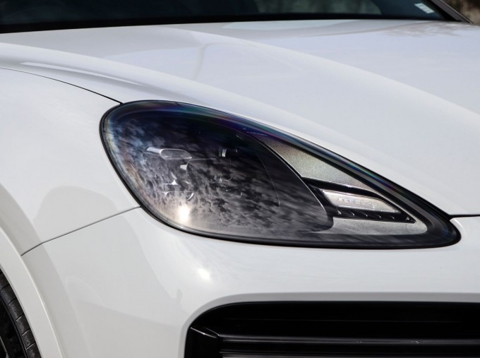 2020 Porsche TURBO S (White) - Image: 25