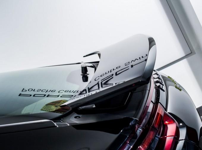 2018 Porsche 4 E-HYBRID (Black) - Image: 9