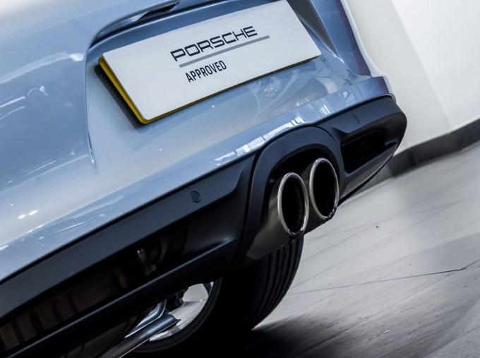 2015 Porsche 981 S PDK 2-door (Silver) - Image: 37