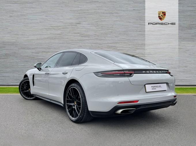 2017 Porsche V6 E-Hybrid 14kWh 4 PDK 4WD 4-door  - Image: 2