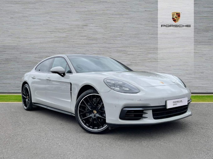 2017 Porsche V6 E-Hybrid 14kWh 4 PDK 4WD 4-door  - Image: 29
