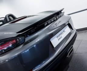 2018 Porsche PDK 2-door (Grey) - Image: 9