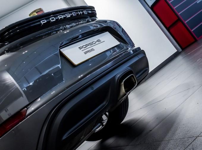 2018 Porsche PDK 2-door (Grey) - Image: 36