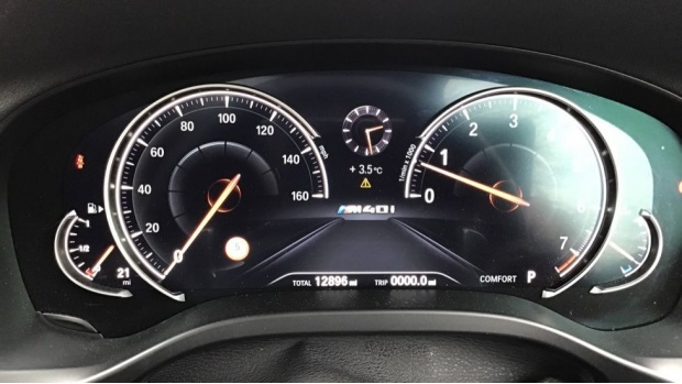 2019 BMW M40i (Silver) - Image: 9
