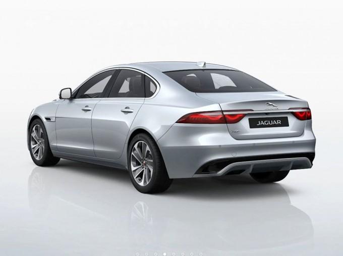 2021 Jaguar 2.0i R-Dynamic S Auto 4-door (Silver) - Image: 3