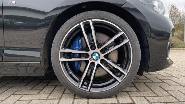 2018 BMW 120d M Sport Shadow Edition 5-door (Black) - Image: 14