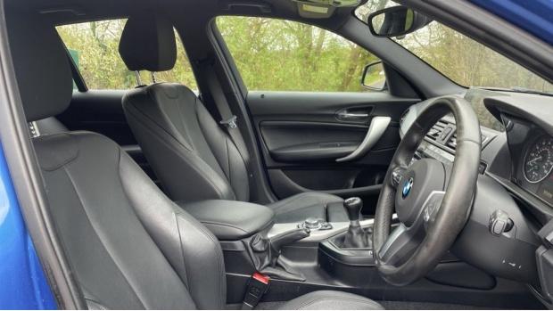 2017 BMW 116d M Sport 5-door (Blue) - Image: 11