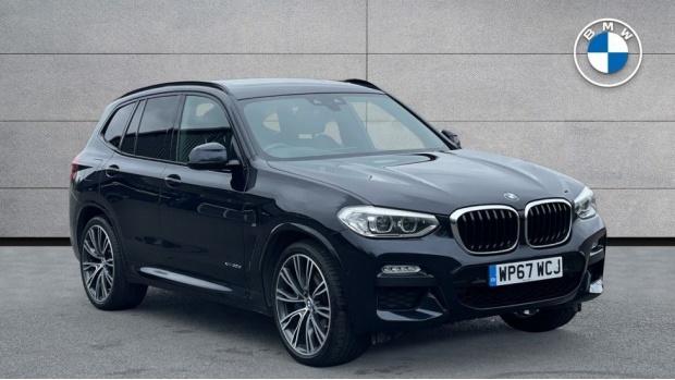 2017 BMW XDrive30d M Sport (Black) - Image: 1