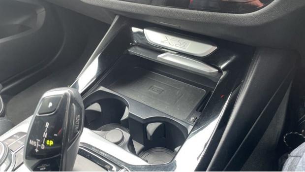 2017 BMW XDrive30d M Sport (Black) - Image: 25