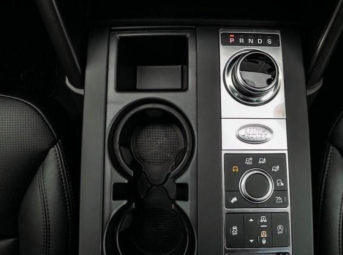 2020 Land Rover SD4 Landmark Edition Auto 4WD 5-door (Grey) - Image: 12