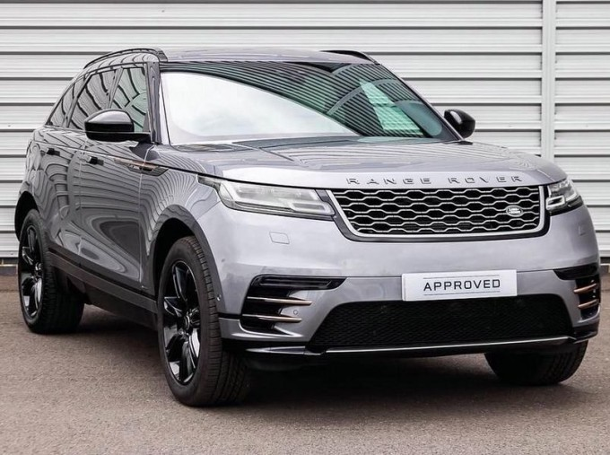 2019 Land Rover D240 R-Dynamic SE Auto 4WD 5-door (Grey) - Image: 1