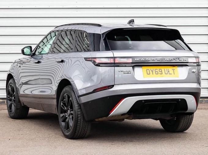 2019 Land Rover D240 R-Dynamic SE Auto 4WD 5-door (Grey) - Image: 2