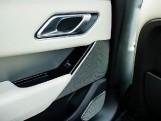 2019 Land Rover D240 R-Dynamic SE Auto 4WD 5-door (Grey) - Image: 18