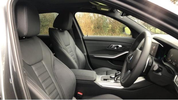 2021 BMW 320d M Sport Saloon (Grey) - Image: 11