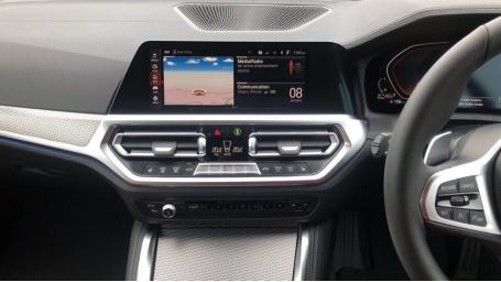 2021 BMW 420d M Sport Coupe (Black) - Image: 8