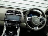 2018 Jaguar 2.0i GPF Portfolio Auto 4-door (Grey) - Image: 10