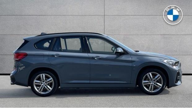 2019 BMW XDrive20d M Sport (Grey) - Image: 3