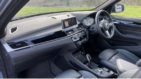 2019 BMW XDrive20d M Sport (Grey) - Image: 7