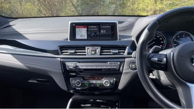 2019 BMW XDrive20d M Sport (Grey) - Image: 8