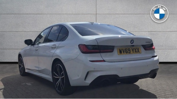 2019 BMW 320d M Sport Saloon (White) - Image: 2