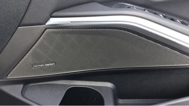 2019 BMW 320d M Sport Saloon (White) - Image: 30