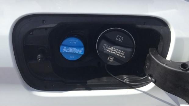2019 BMW 320d M Sport Saloon (White) - Image: 32