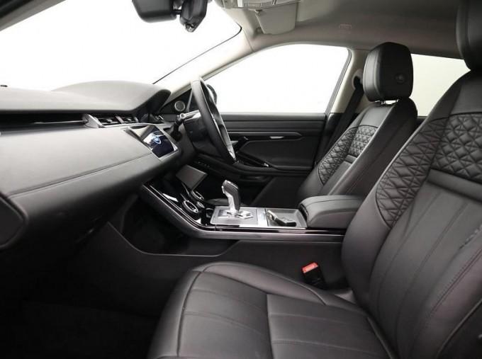 2020 Land Rover D180 HSE Diesel MHEV (Black) - Image: 3