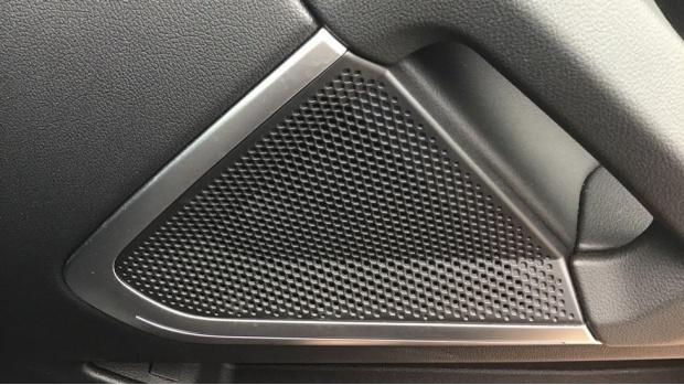 2020 BMW SDrive20i M Sport (Black) - Image: 32