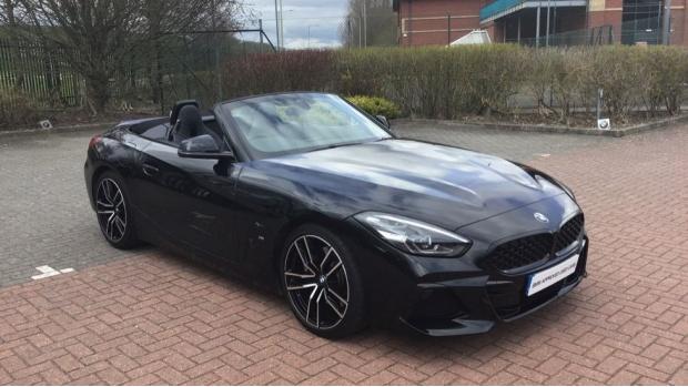2020 BMW SDrive20i M Sport (Black) - Image: 36
