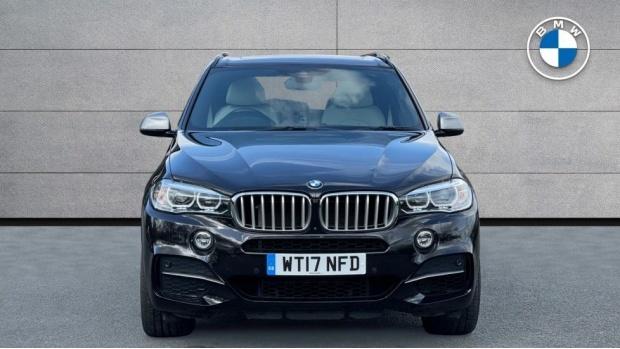 2017 BMW M50d (Black) - Image: 16