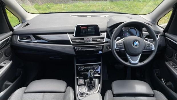 2020 BMW XDrive Sport Gran Tourer (Blue) - Image: 4