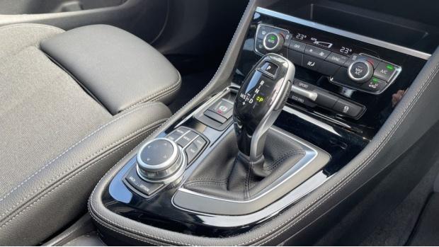 2020 BMW XDrive Sport Gran Tourer (Blue) - Image: 10