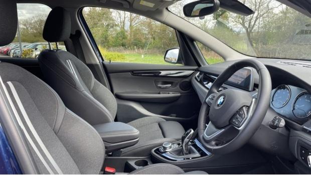 2020 BMW XDrive Sport Gran Tourer (Blue) - Image: 11