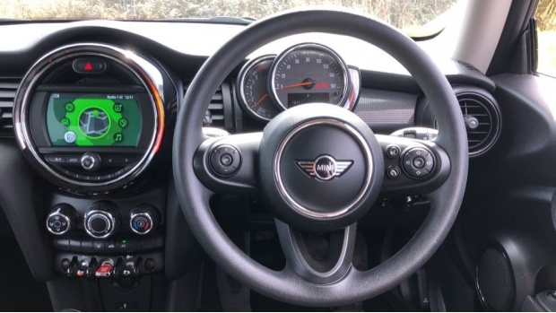 2018 MINI Cooper 3-door Hatch (Grey) - Image: 5