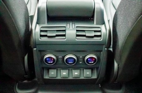 2020 Land Rover I6 MHEV X Auto 4WD 5-door  - Image: 14