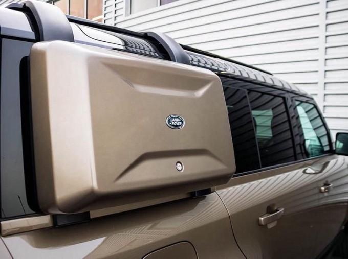 2020 Land Rover I6 MHEV X Auto 4WD 5-door  - Image: 15