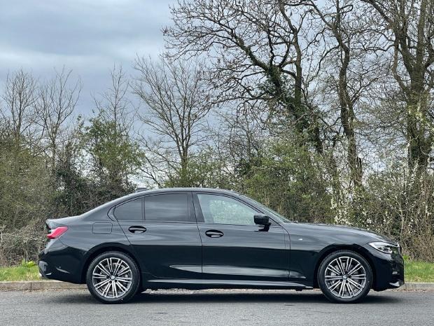 2021 BMW 330e 12kWh M Sport Auto 4-door (Black) - Image: 3