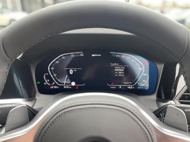 2021 BMW 330e 12kWh M Sport Auto 4-door (Black) - Image: 9