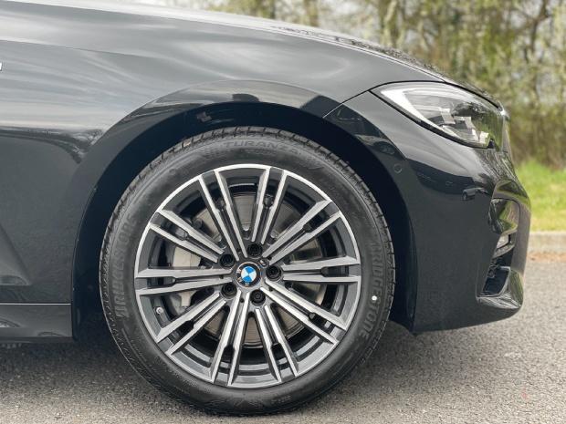 2021 BMW 330e 12kWh M Sport Auto 4-door (Black) - Image: 14