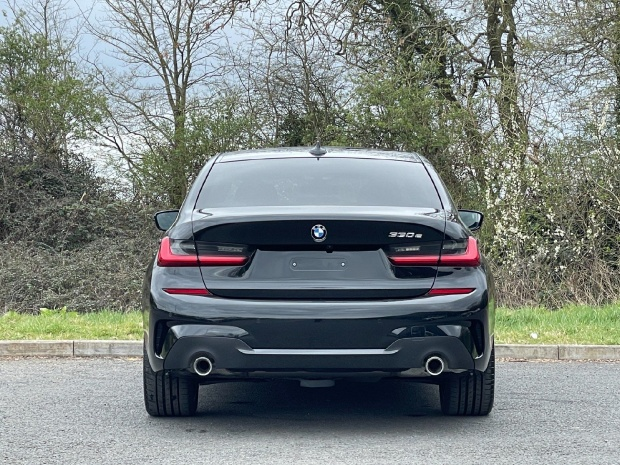 2021 BMW 330e 12kWh M Sport Auto 4-door (Black) - Image: 15