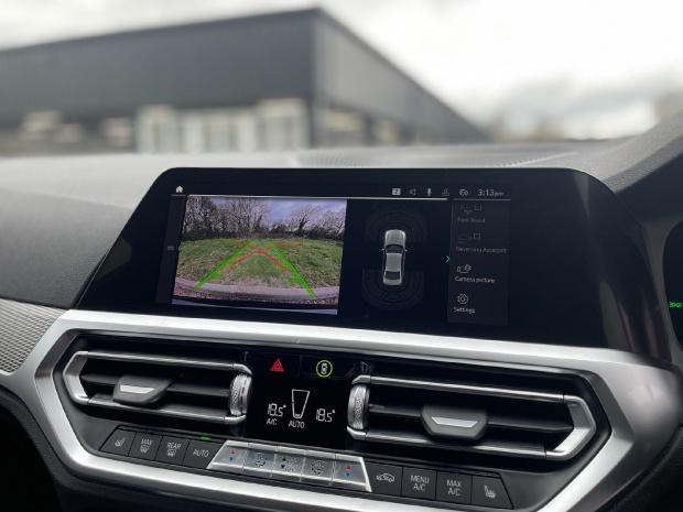 2021 BMW 330e 12kWh M Sport Auto 4-door (Black) - Image: 23