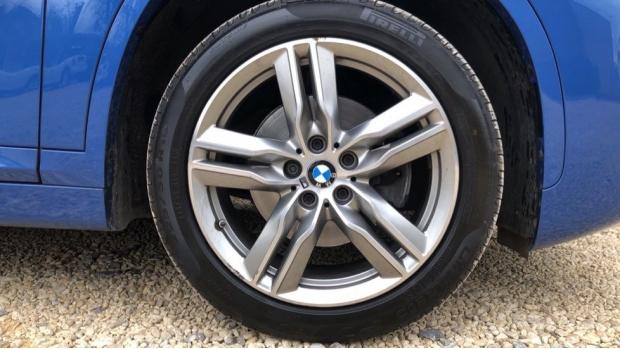 2017 BMW SDrive18d M Sport (Blue) - Image: 14
