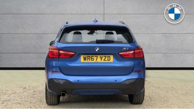 2017 BMW SDrive18d M Sport (Blue) - Image: 15