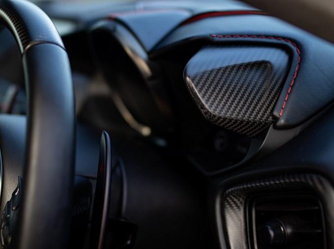 2020 Aston Martin V12 BiTurbo Superleggera OHMSS Auto 2-door (Green) - Image: 12