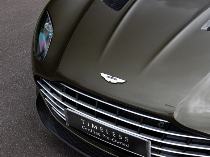 2020 Aston Martin V12 BiTurbo Superleggera OHMSS Auto 2-door (Green) - Image: 32